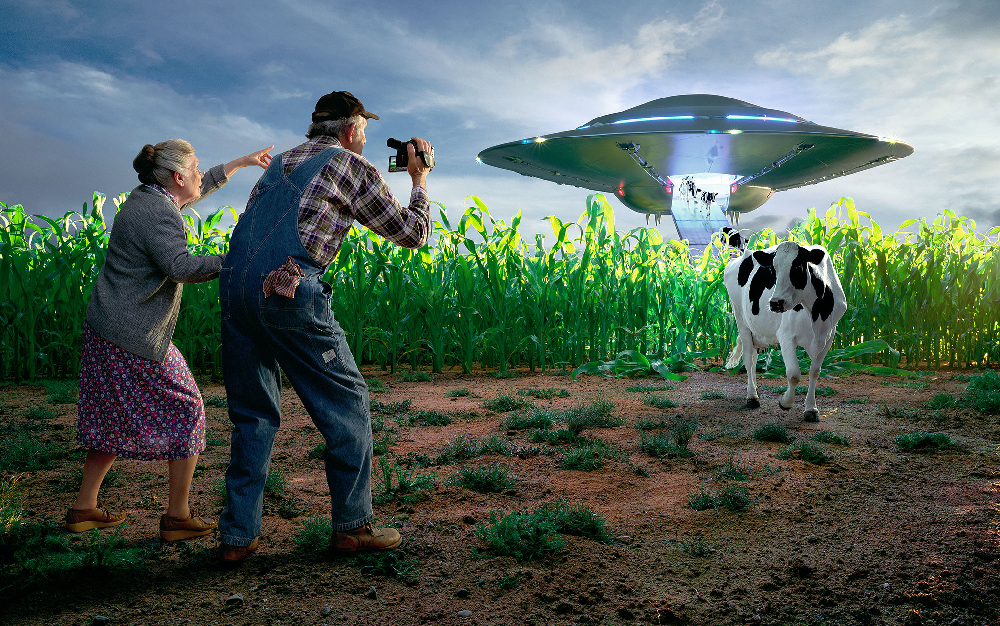 Sony Camcorders | cows disembarking a UFO | miniature set | Glen Wexler | Advertising Photographer